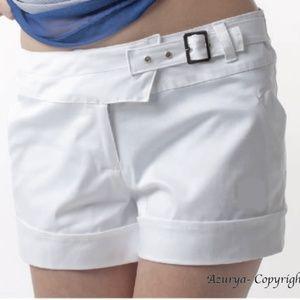 White short asymmetric waist
